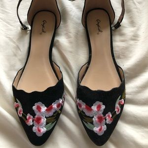 Flower Embroidered Pointed Toe Flats